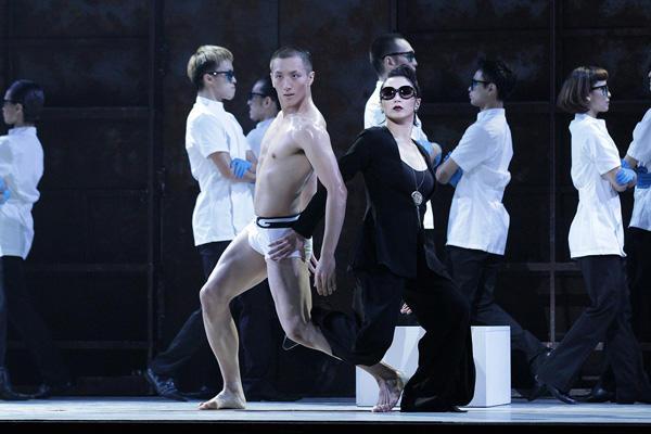 『ドリアン・グレイ』 JPキャスト 大貫勇輔、皆川まゆむ 撮影:田中亜紀