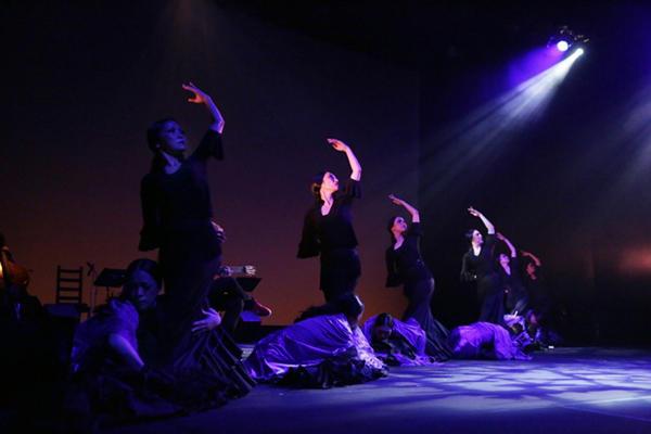 石井智子スペイン舞踊団「黒い悲しみのロマンセ」
