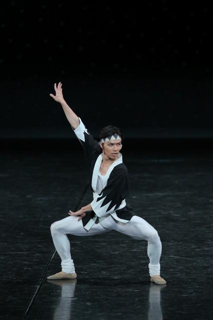 東京バレエ団「ザ・カブキ」柄本弾(由良之助) Photo:Kiyonori Hasegawa