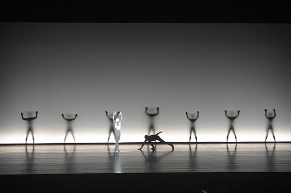 NHKバレエの饗宴2015 Noism1 「supernova」 撮影/瀬戸秀美