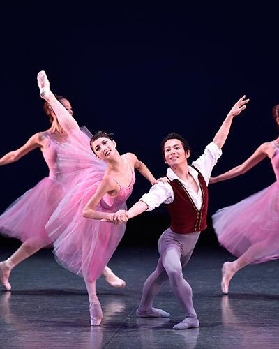 吉田都×堀内元 Ballet for the Future『Valse Fantaisie』飯島望未、末原雅広 撮影/瀬戸秀美