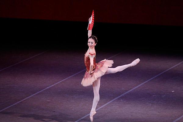 吉田都×堀内元 Ballet for the Future『ドン・キホーテ』加治屋百合子 撮影/瀬戸秀美