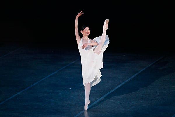 吉田都×堀内元 Ballet for the Future『La Vie』吉田都 撮影/瀬戸秀美