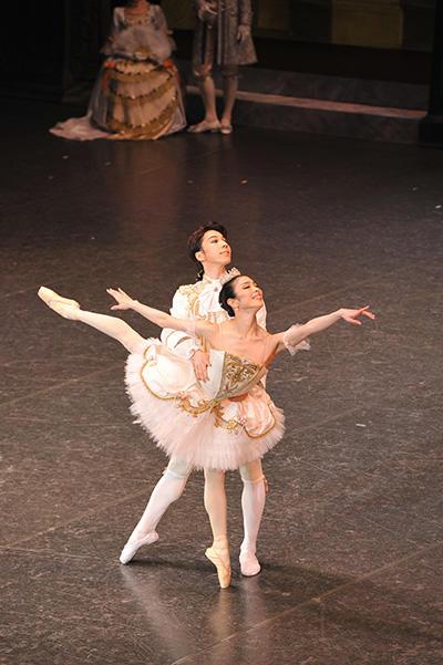 日本バレエ協会公演 2016 都民芸術フェスティバル 『眠れる森の美女』酒井はな、奥村康祐