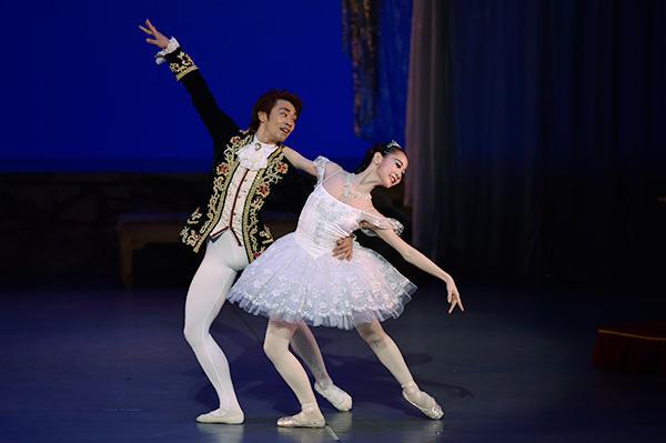 「Ballet Princess 〜バレエの世界のお姫様たち〜」 池田理沙子、橋本直樹 撮影/瀬戸秀美