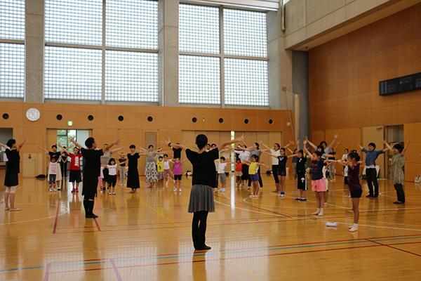 小学生のためのダンス体験