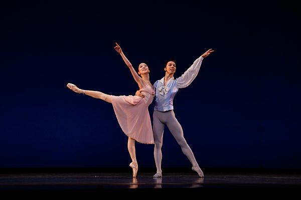 吉田都×堀内元 Ballet for the Future 2016 『チャイコフスキー・パ・ド・ドゥ』撮影:瀬戸秀美