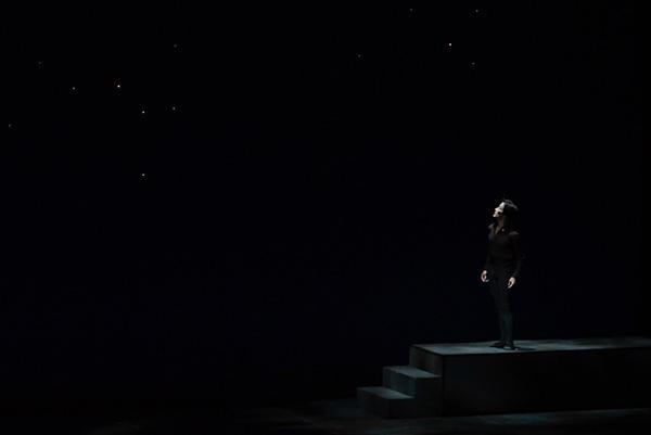 『夜と光』