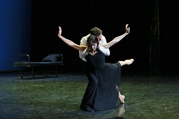 「フェアウェル・ワルツ」 イザベル・ゲラン、マニュエル・ルグリ (C) Gabriele Schacherl ※『フェアウェル・ワルツ』は今回の公演写真ではありません