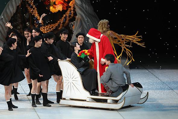 東京バレエ団 モーリス・ベジャールの『くるみ割り人形』 Photo:Kiyonori Hasegawa