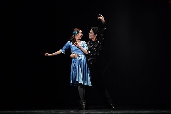 「Ballet Rose in Love Stories〜バラで綴るバレエの恋の物語」撮影:瀬戸秀美