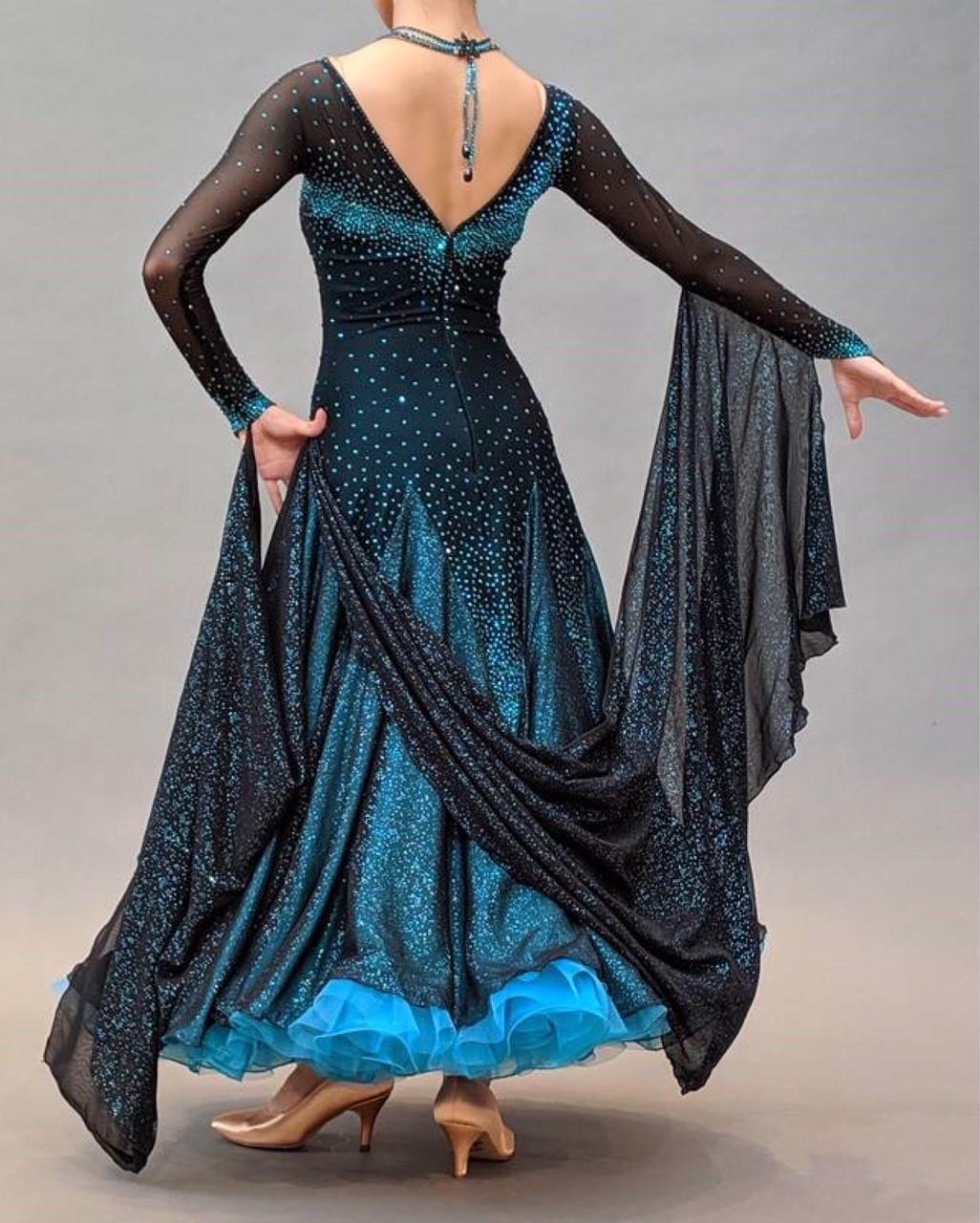 ドレス青3.jpg